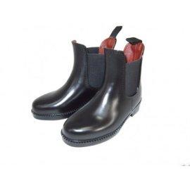 Boots, jodphurs, rubber